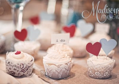 Madisons_On_Main_Cakes_Cupcakes-001