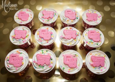 Madisons_On_Main_Cakes_Cupcakes-029