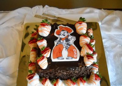 Madisons_On_Main_Cakes_Grooms_Cakes-010