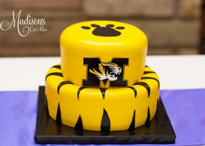 Madisons_On_Main_Cakes_Grooms_Cakes-031