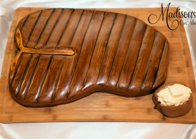 Madisons_On_Main_Cakes_Grooms_Cakes-034