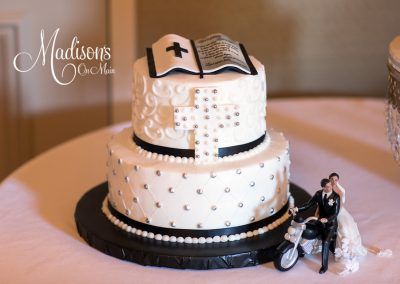 Madisons_On_Main_Cakes_Grooms_Cakes-050