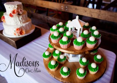 Madisons_On_Main_Cakes_Grooms_Cakes-065