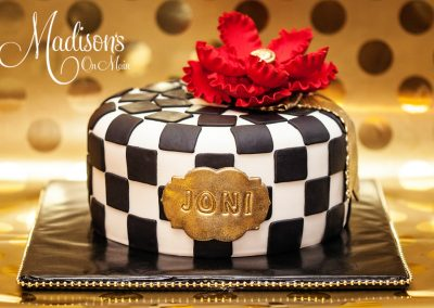 Madisons_On_Main_Cakes_Special_Occasion-009