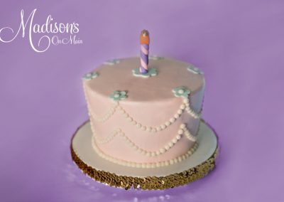 Madisons_On_Main_Cakes_Special_Occasion-017