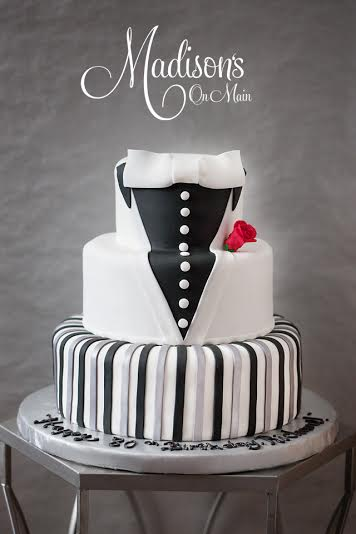 Madisons_On_Main_Cakes_Special_Occasion-025