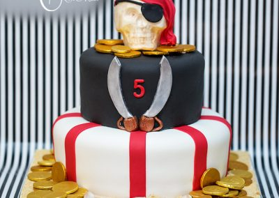 Madisons_On_Main_Cakes_Special_Occasion-032