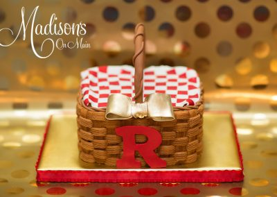 Madisons_On_Main_Cakes_Special_Occasion-045