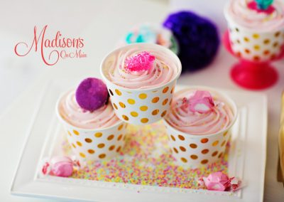 Madisons_On_Main_Cakes_Special_Occasion-059