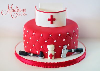 Madisons_On_Main_Cakes_Special_Occasion-062