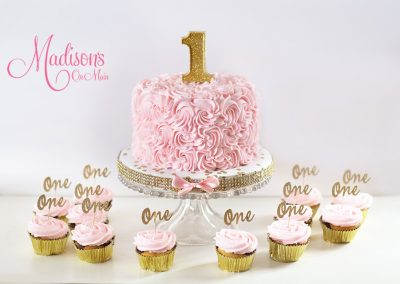 Madisons_On_Main_Cakes_Special_Occasion-074