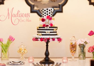 Madisons_On_Main_Cakes_Special_Occasion-090