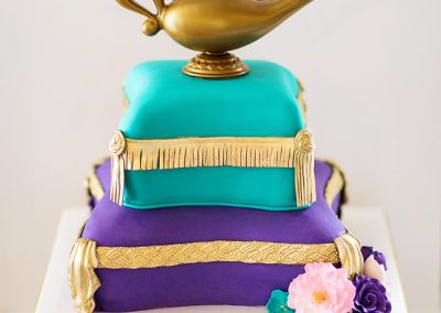Madisons_On_Main_Cakes_Special_Occasion-097