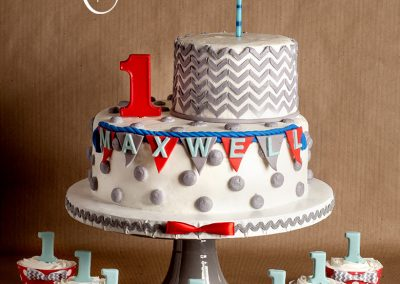 Madisons_On_Main_Cakes_Special_Occasion-157