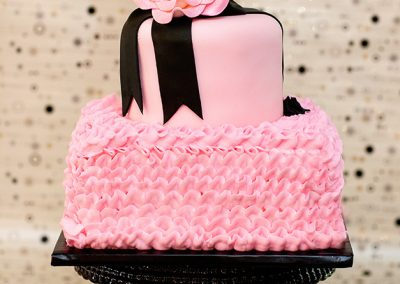 Madisons_On_Main_Cakes_Special_Occasion-161