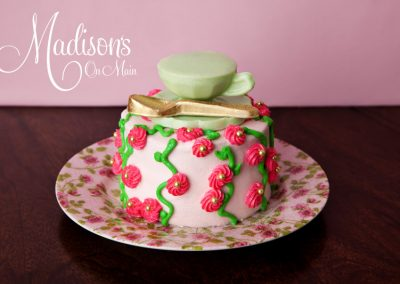 Madisons_On_Main_Cakes_Special_Occasion-171