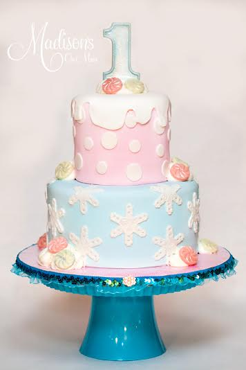 Madisons_On_Main_Cakes_Special_Occasion-173