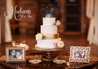 Madisons_On_Main_Cakes_Wedding-011