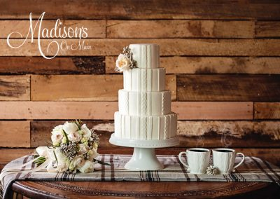 Madisons_On_Main_Cakes_Wedding-012