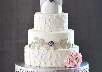 Madisons_On_Main_Cakes_Wedding-025