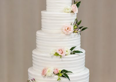 Madisons_On_Main_Cakes_Wedding-077