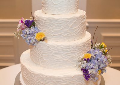 Madisons_On_Main_Cakes_Wedding-086