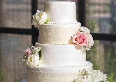 Madisons_On_Main_Cakes_Wedding-090