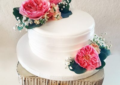 Madisons_On_Main_Cakes_Wedding-094
