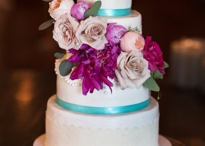 Madisons_On_Main_Cakes_Wedding-098