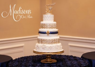 Madisons_On_Main_Cakes_Wedding-114