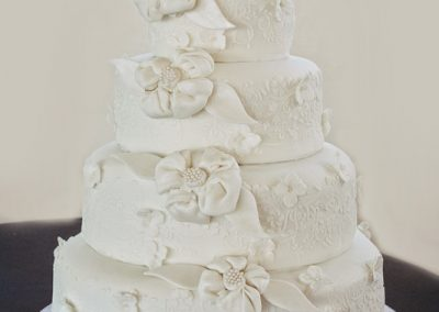 Madisons_On_Main_Cakes_Wedding-174