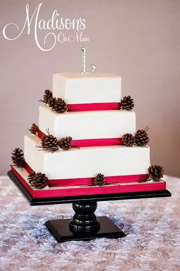 Madisons_On_Main_Cakes_Wedding-186