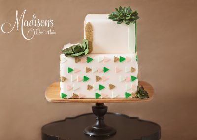 Madisons_On_Main_Cakes_Wedding-193