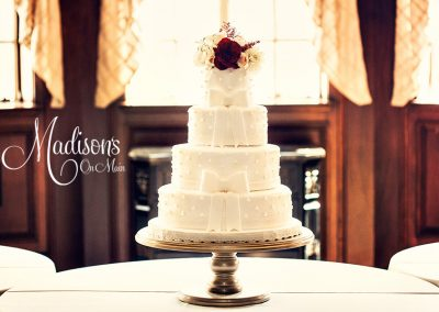Madisons_On_Main_Cakes_Wedding-199