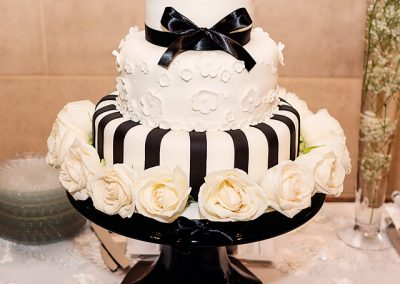 Madisons_On_Main_Cakes_Wedding-218